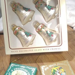 Vintage Holiday Ornament Set w Bonus Book Ornament